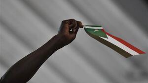 Sudanda sivil yönetim talebiyle gösteriler düzenlendi