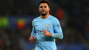 Manchester City, Kyle Walkerın sözleşmesini yeniledi
