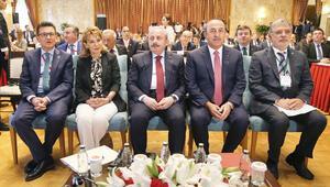 Çavuşoğlu'ndan Akdeniz mesajı: Paylaşmayı öğrenirsek siyasi çözüm de gelir