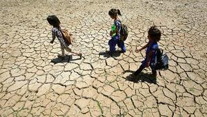 Hindistanda aşırı sıcaklar 92 can aldı