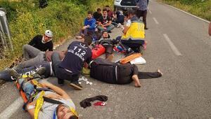 Kaçakları taşıyan araç takla attı: 11 yaralı