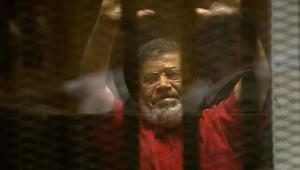 Mursi'nin defnedildiği mezarlığı sadece İsrail kanalının görüntülemesine izin verdiler