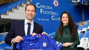 Cech, Chelseaye döndü