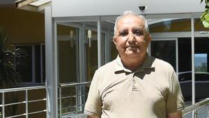 65 mülkünü Darüşşafaka'ya bağışladı
