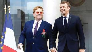 Elton John'a devlet nişanı