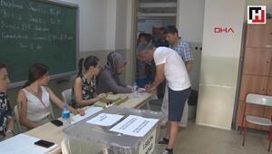 İstanbulda oy verme işlemi başladı