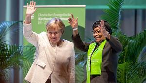 Merkel: Gözümüzü iyice açmalıyız