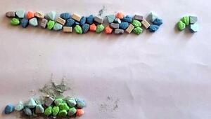 Kulada 3 uyuşturucu satıcısına gözaltı
