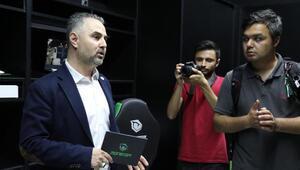 Monster Notebook yeni teknik merkezini hizmete açtı