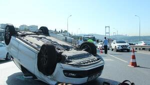 15 Temmuz Şehitler Köprüsünde otomobil takla attı