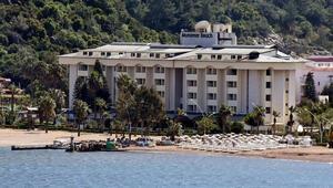 Katar Şeyhinin Marmaristeki oteli kaderine terk edildi