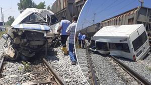 Son dakika... Mersin'de tren, minibüse çarptı 1 ölü, 8 yaralı...