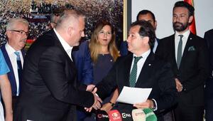 Bursaspor yönetimi mazbatasını aldı
