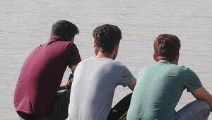 Dicle Nehrinde akıntıya kapılan Salih aranıyor