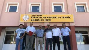 Başkan Özcan okulları ziyaret etti
