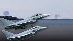 Uçaklar 'ölüm manevrasında mı çarpıştı