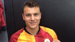 Yusuf Erdoğan, Galatasaray formasını giydi   Transfer haberleri...