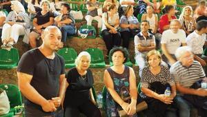 Lösemi hastası Baran için moral konseri