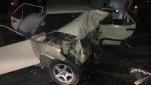 İzmirde zincirleme kaza: 1 ölü, 2 yaralı