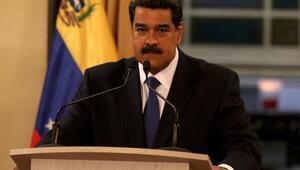 Maduro: Küresel güçlerin önünde diz çökmemeliyiz
