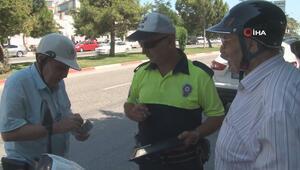 Antalyada dedelerin trafik cezasından kurtulma çabası gülümsetti