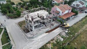 Gölbaşı'nda kaçak villa yıkıldı