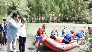 Çatakta rafting sezonu başladı