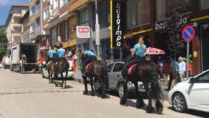 Atlı polisler Kızılcahamamda