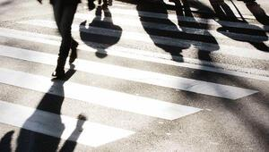 Yayaya geçiş hakkı vermeyen bin 603 sürücüye ceza
