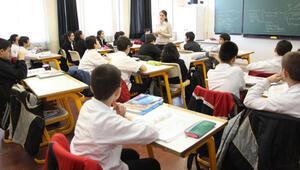 Okula başlama yaşını 69 aya çıkaran teklif Meclisten geçti