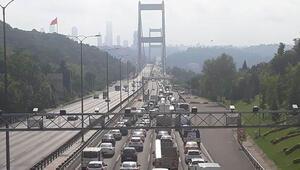 FSM'de trafik yoğunluğu yaşanıyor