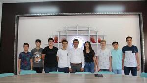 LGS'de ilk 10a giren öğrenciler ödüllendirildi