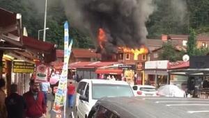 Turizm merkezi Uzungölde pansiyon yangını