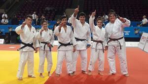 Judo Ümit Karma Milli Takımı Avrupa şampiyonu