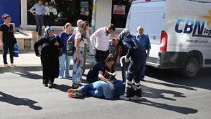 Minibüsün çarptığı kadın yaralandı