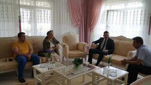 Kaymakam Türkmenoğludan, şehit ve gazi ailelerine ziyaret