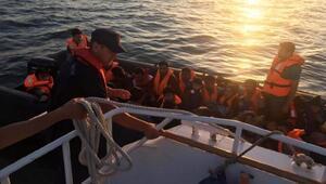 Edirnede, lastik botlarda 66 kaçak yakalandı