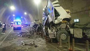 İstanbulda feci kaza... Tünel savaş alanına döndü