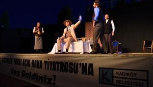 17. Kadıköy Belediyesi Tiyatro Festivali başladı