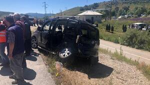 Erzincan'da kaza: 3 ölü, 6 yaralı... Cenaze için geldikleri köyün girişinde hayatını kaybettiler