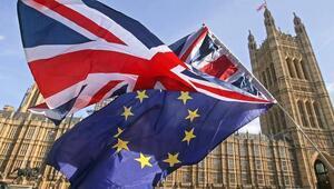 Hammond: Anlaşmasız Brexitin maliyeti 90 milyar sterlin olabilir