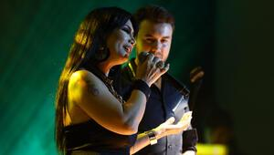 Mustafa Ceceli ve Rojin aynı sahnede