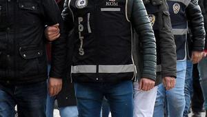 İzmir merkezli FETÖ operasyonunda 16 gözaltı