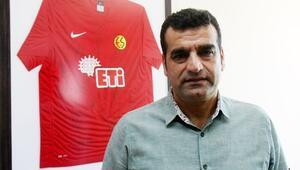 Ayhan Taşçı: Genç oyuncularımıza ilgi var, resmi teklif yok | Transfer haberleri...