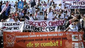 Fransa acil servis çalışanlarından 'robot değiliz' grevi