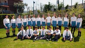 Piri Reisten 43 öğrenci Saint Joseph'e giriş hakkı kazandı.