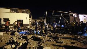 Son dakika... Libyadaki göçmen merkezi saldırısına peş peşe tepkiler