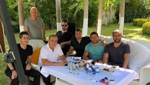 Galatasarayda transfer zirvesi Fatih Terim ve ekibi...