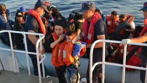 Dikili ve Foçada 153 kaçak göçmen yakalandı