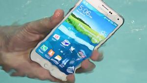 Samsung telefonlarım suya dayanıklı dedi, hakkında dava açıldı
